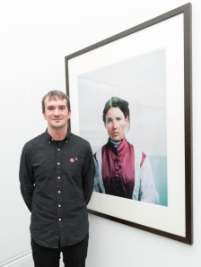 Spencer Murphy, winner of the Taylor Wessing Photographic Portrait Prize 2013, with his portrait of Katie Walsh, co.  Jorge Herrera