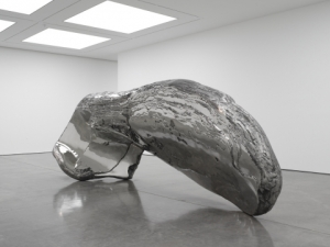 Frozen Wave (The Conservation of Mass) by Marc Quinn, 2015 © Ph. White Cube London (Ben Westoby)