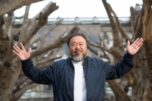Ai Weiwei presenting his installation Tree in the courtyard at the Royal Academy of Arts, London © Dave Parry, ph. co. Royal Academy of Arts, London
