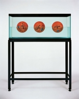 Three Ball 50/50 Tank (Spalding Dr. JK Silver Series), Jeff Koons Image © Jeff Koons, co. Newport Street Gallery, London
